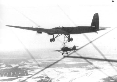 zveno-con-caza-tupolev-tb3