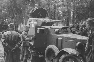Panzerspähwagen BA 203 (r)