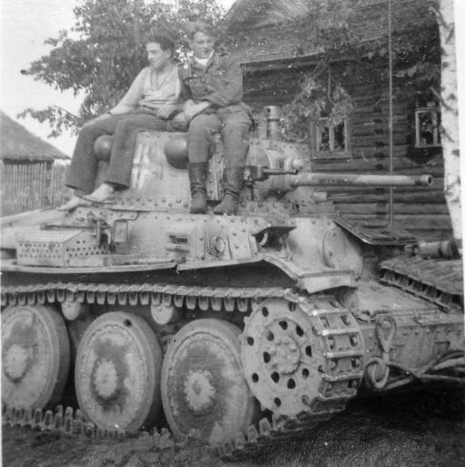 pz-38t-befehlswagen-Panzer-Befehlswagen 38 (t) Ausf. C (Sd.Kfz. 268)